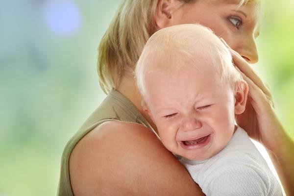 Ребенок плачет3