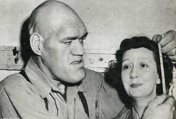 Акромегал мужчина и женщина