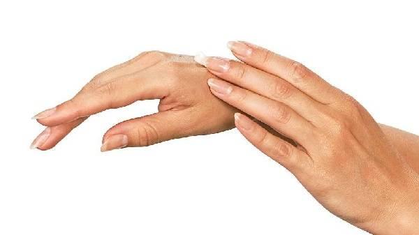 Как кожу на руках сделать моложе