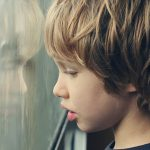 Родителям на заметку: ранние признаки аутизма у детей